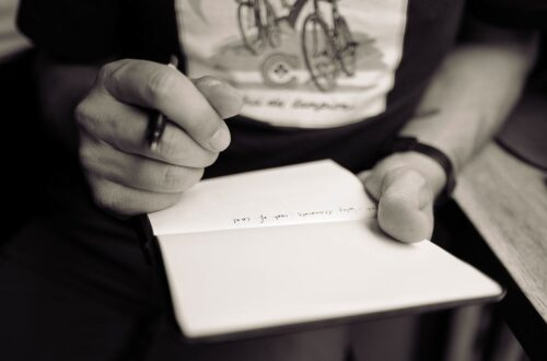 Article : L'homme de verbe